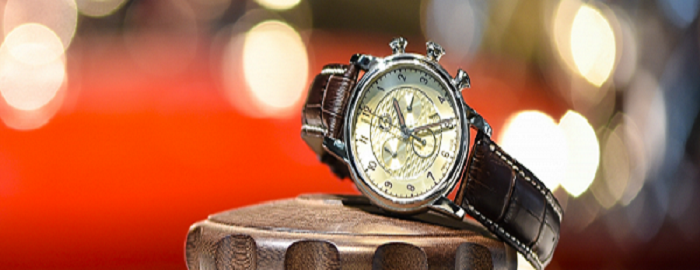 High-Tech, Stylish Watches You Can Buy For Loved Ones To Gift!