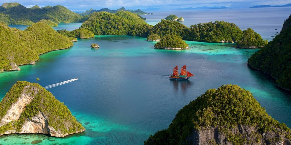 4 Most Popular Places in Indonesia Which Every Tourist Should Explore!
