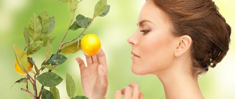 Amazing Lemon Beauty Treatments At Home That Will Make Your Skin Glowing Naturally!